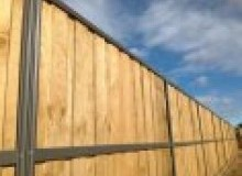 Kwikfynd Lap and Cap Timber Fencing brookfieldnsw